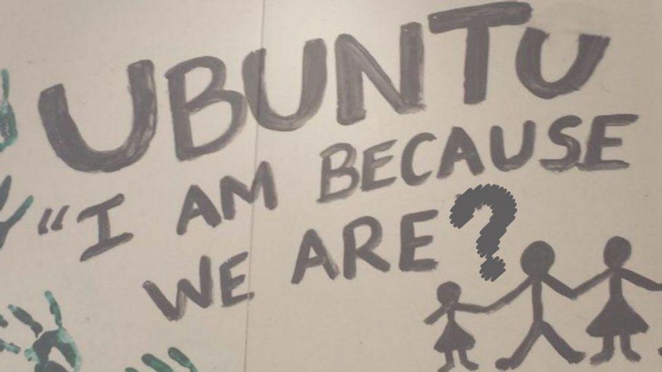 Nyt initiativ: UBUNTU<br /><br />Vi ved ikke helt endnu, hvad dette initiativ kommer til at indeholde - men vi kan love både dans og fællesskab. Men hvis du ønsker at connecte med os, kan vi give dig besked, når vi ved mere om form, indhold og målgruppe. Du kan 'Tilmelde dig gruppen' her på dancezone.dk.<br /><br />Navnet Ubuntu har vi fundet med inspiration i den afrikanske filosofi om at 'jeg er fordi vi er' og i en tid med Corona-pandemi, tror vi på, at vi mere end nogensinde har brug for at vide, at vi har ligesindede omkring os.<br /><br />(Find den opdaterede beskrivelse ved at klikke ind på UBUNTU og vælge Detaljer)
